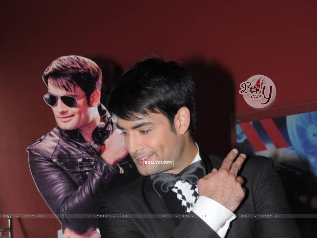 Vivian Dsena at Madhubala Launch (200103) size:1024x768