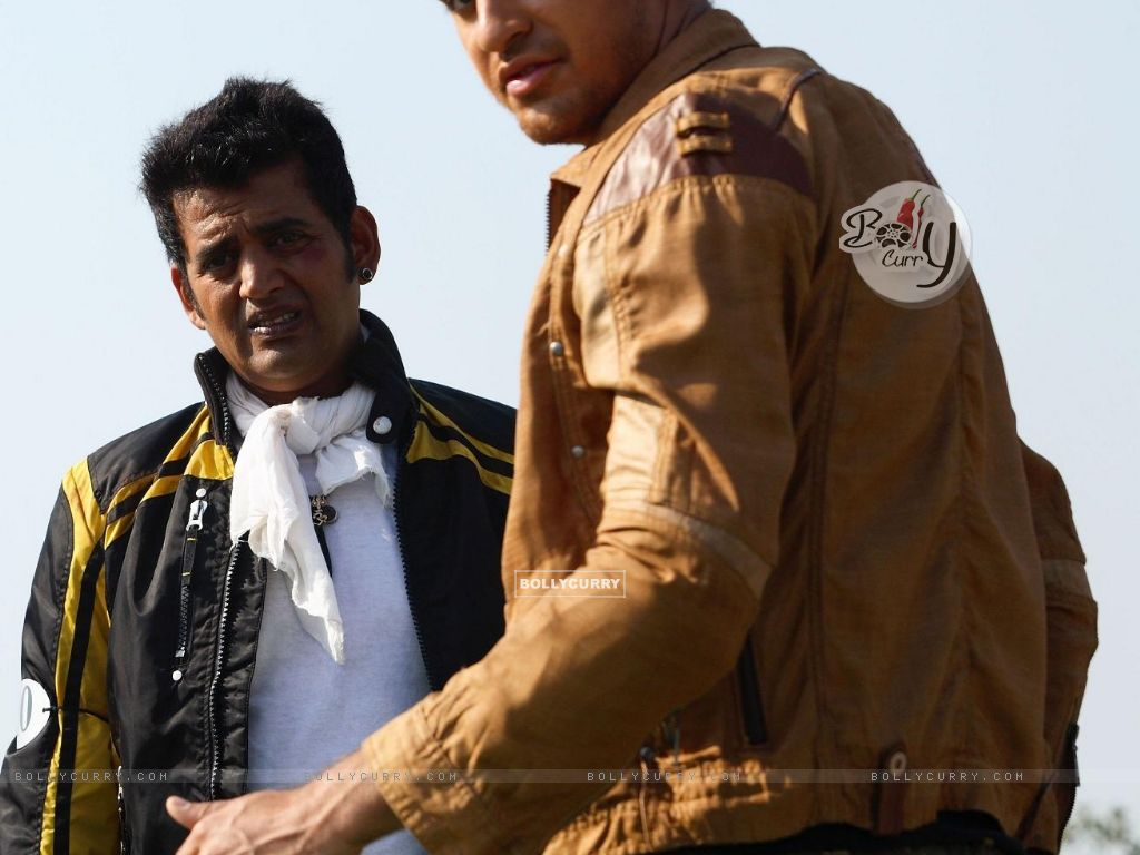 Imran Khan and Ravi Kissan in Luck movie (20292) size:1024x768