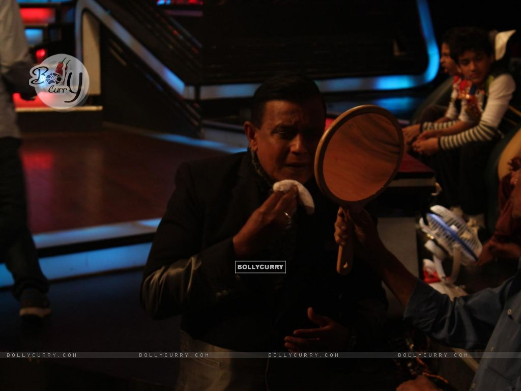 Mithun Chakraborty on the sets of Dance India Dance (224200) size:1024x768