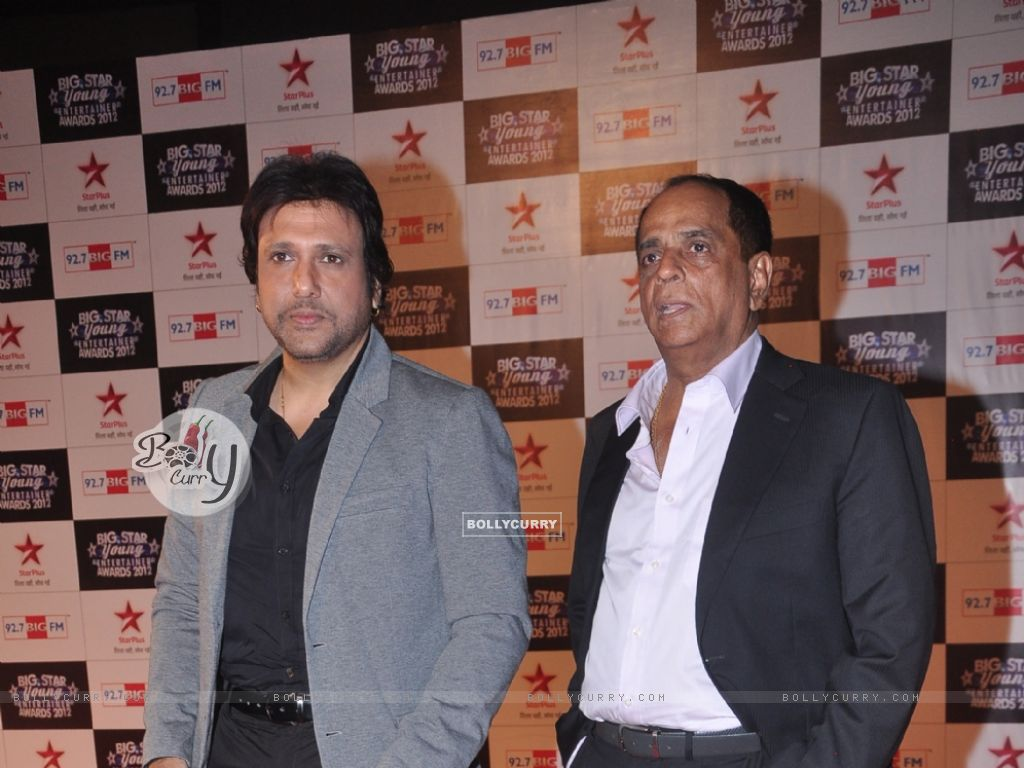 Govinda and Pahlaj Nihalani at BIG Star Young Entertainment Awards (225005) size:1024x768