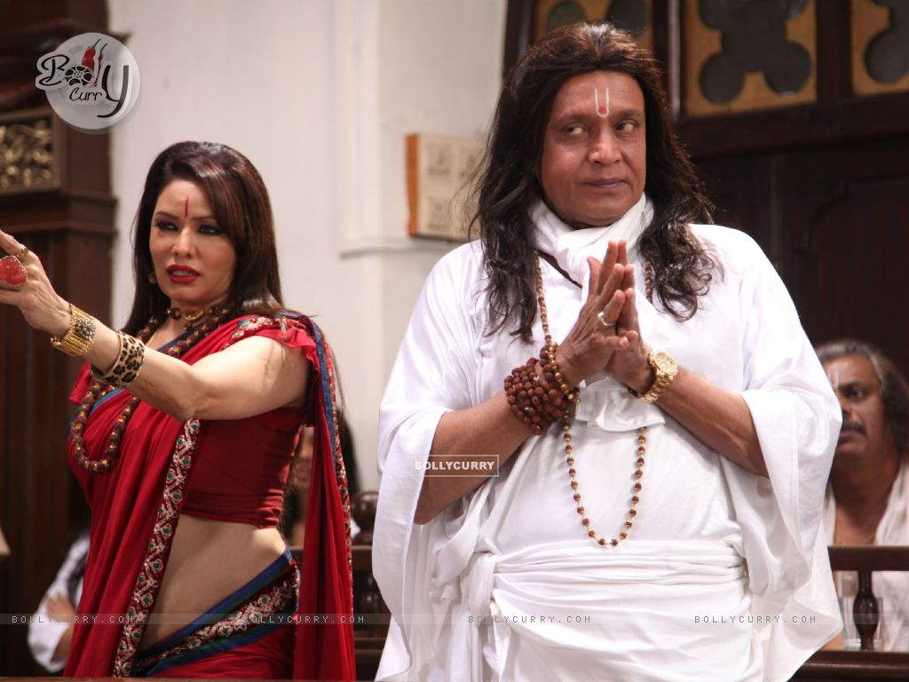 Poonam Jhawer and Mithun Chakraborty in OMG! Oh My God (226262) size:1024x768