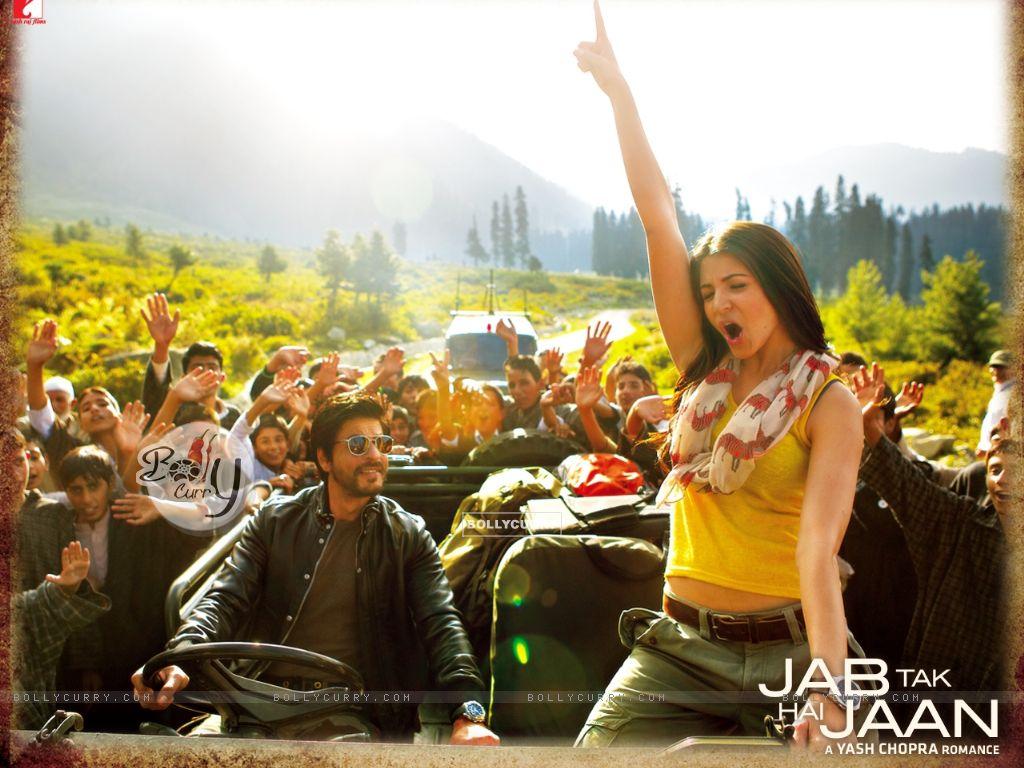 Shah Rukh Khan and Anushka Sharma in Jab Tak Hai Jaan ...