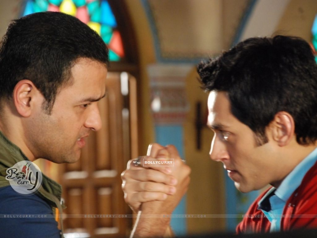 A still of Rohit Roy and Sumit Vats from Hitler Didi (279487) size:1024x768