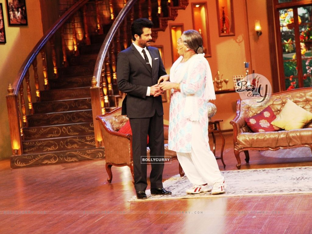 Comedy Nights with Kapil (296786) size:1024x768