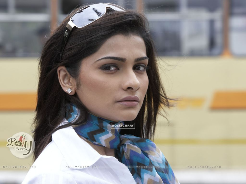 Prachi Desai - Picture Hot