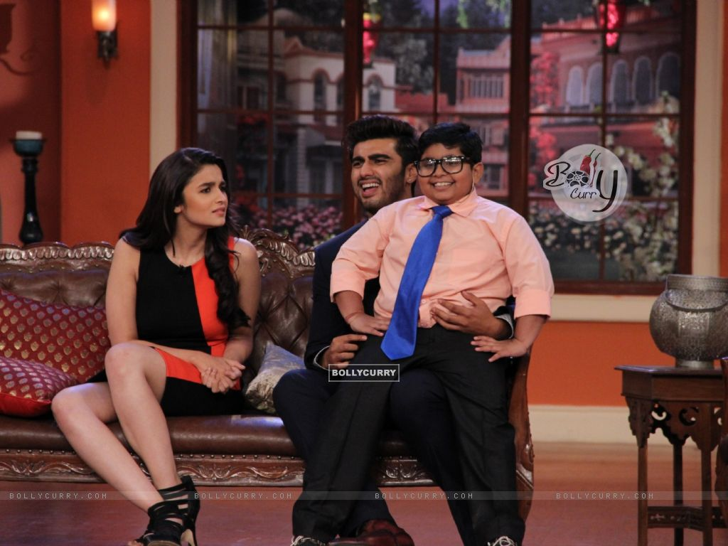 Alia Bhatt and Arjun Kapoor on Comedy Nights With Kapil (317898) size:1024x768