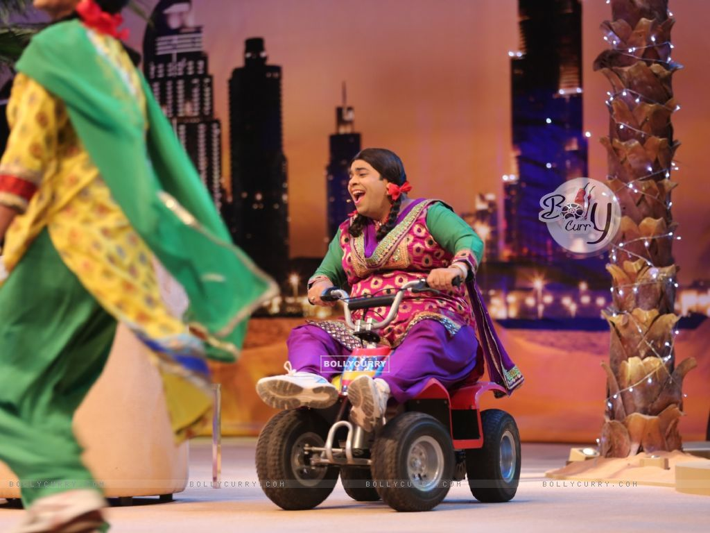 Comedy Nights with Kapil (337366) size:1024x768
