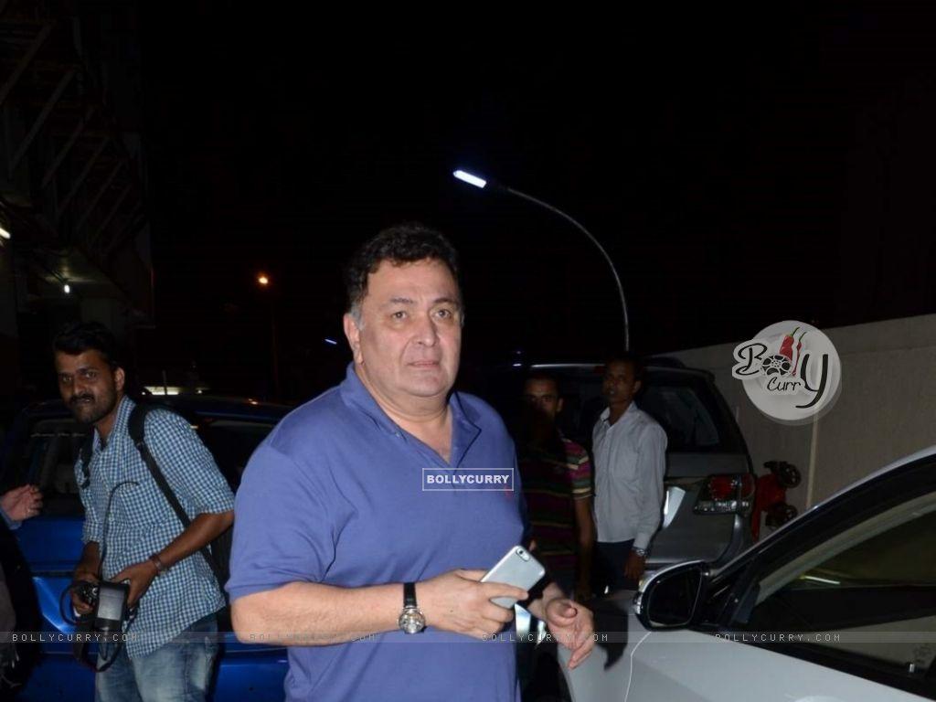 Rishi Kapoor Snapped (374296) size:1024x768
