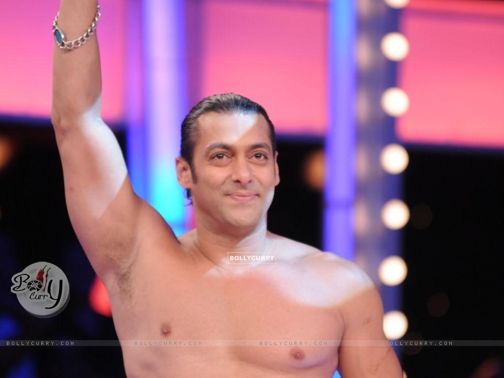 Salman Khan looking hot (38563) size:1024x768