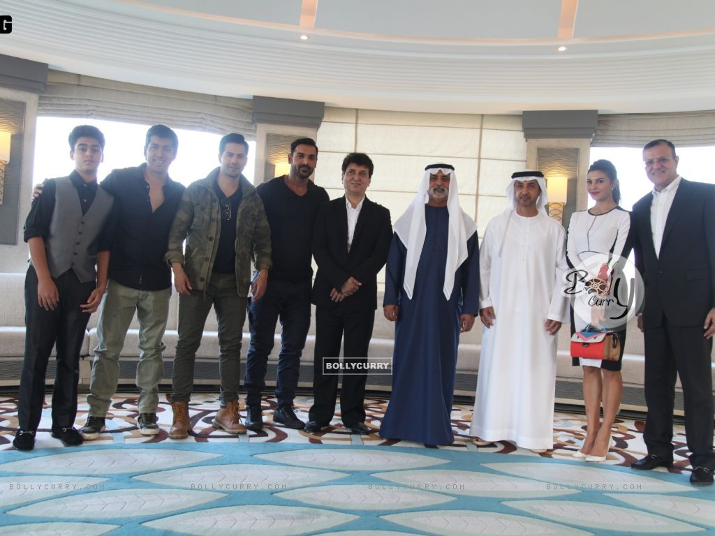 Dishoom Team At the Royal luncheon in Abu Dhabi (393736) size:1024x768