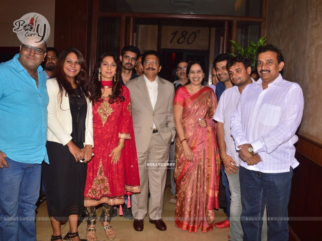 Juhi Chawla With Governor Of Maharashtra At Chalk N Duster Screening (394103) size:1024x768