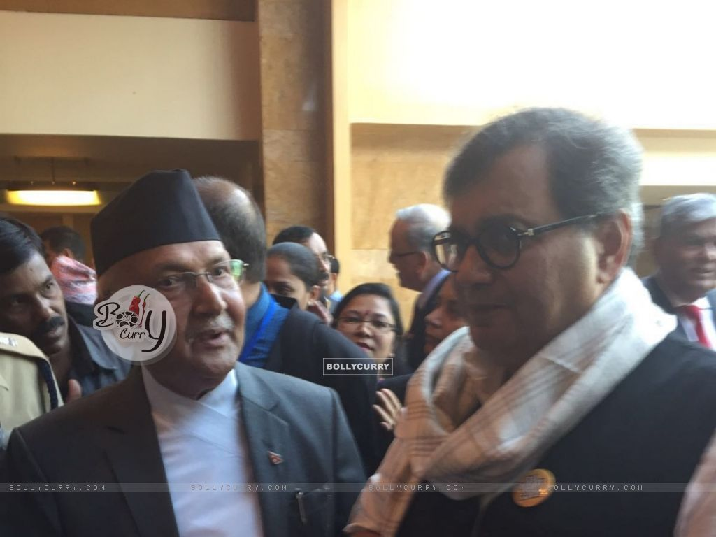 Subhash Ghai meets Nepal Prime Minister (397940) size:1024x768