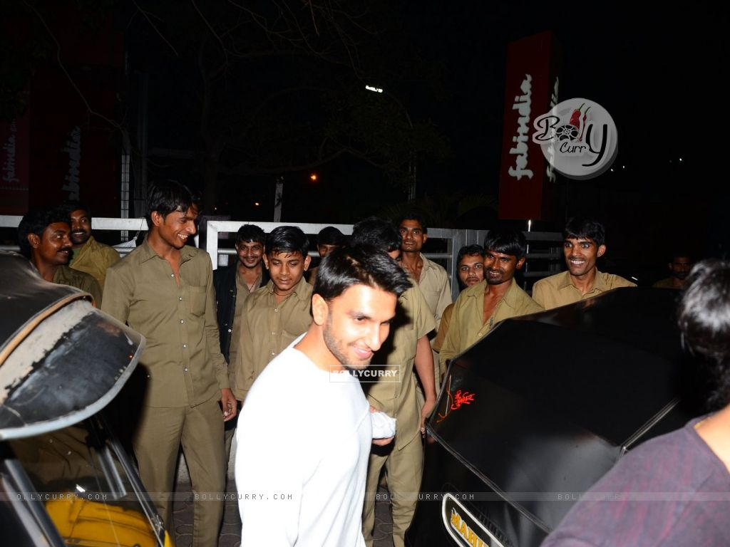 Ranveer Singh Snapped at PVR (398934) size:1024x768
