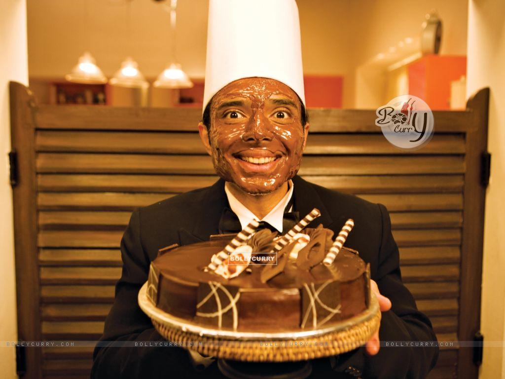 Uday Chopra with Choclate cake (40385) size:1024x768
