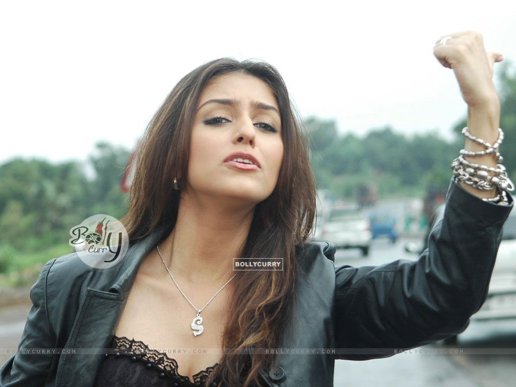 Aarti Chhabria - Photos