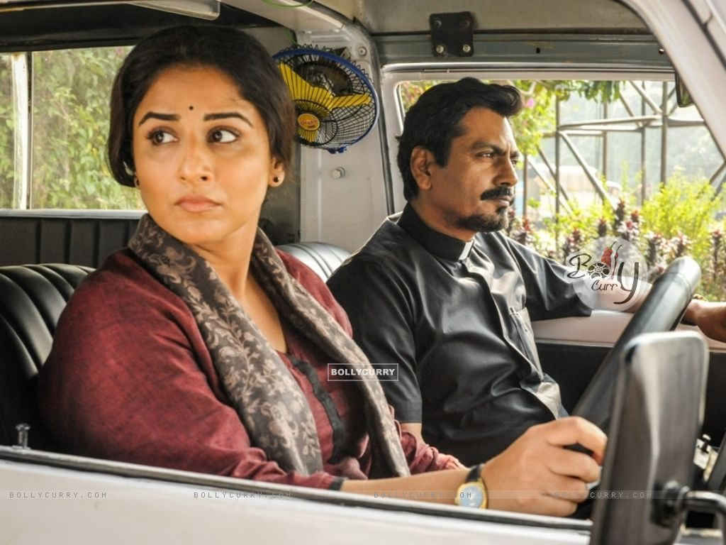 Vidya Balan Learns Driving for TE3N! (406478) size:1024x768