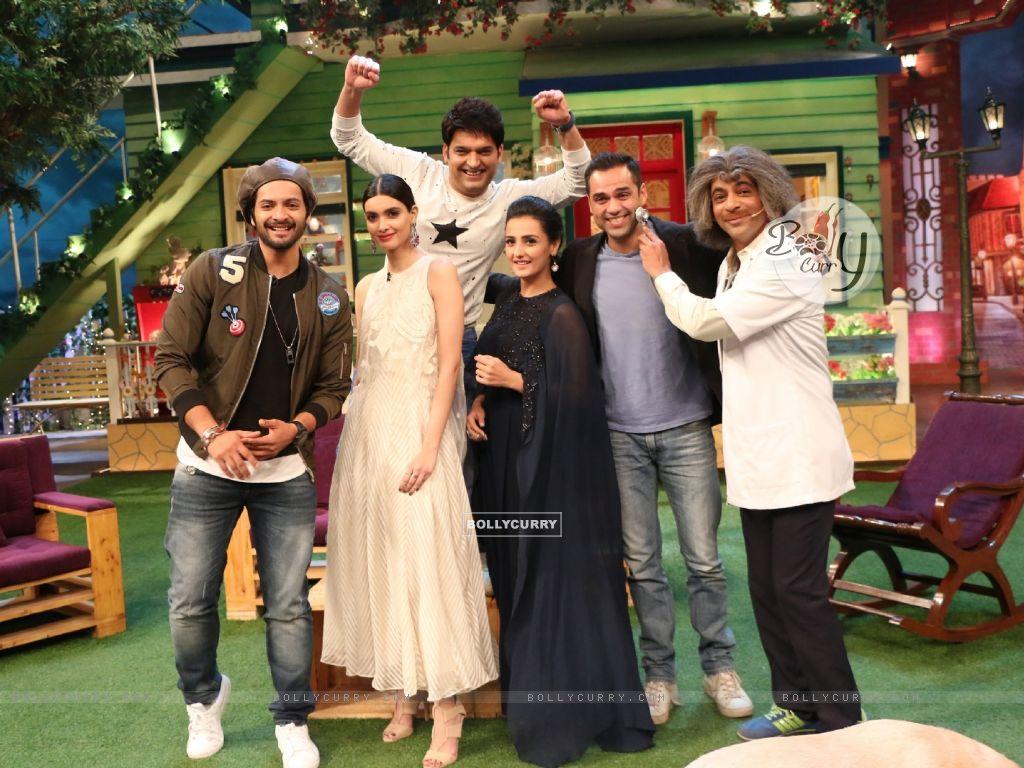 Ali Fazal, Diana Penty and Abhay Deol on The Kapil Sharma Show for Promotions fo Happy Bhag Jayegi (413356) size:1024x768