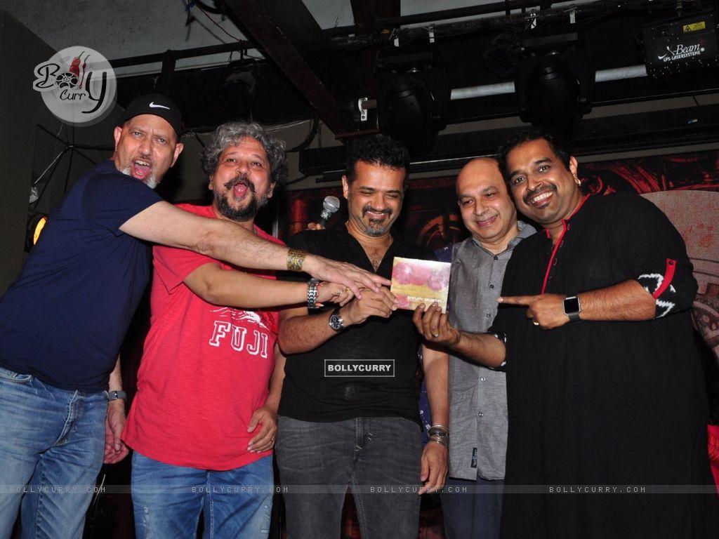 Sanjay Divecha album launch with Ehsaan Noorani, Amol Gupte, Shankar Mahadevan and Loy Mendosa (414931) size:1024x768