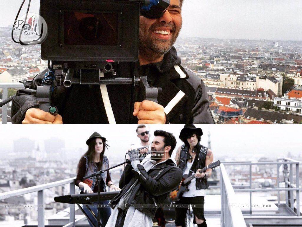 Karan Johar holds the camera for fun (420360) size:1024x768