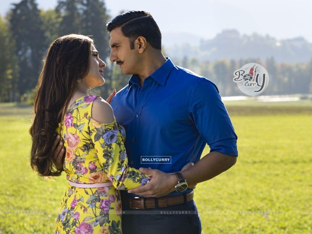Ranveer Singh aka Simmba and Sara Ali Khan aka Shagun Sathe still from Movie Simmba (442758) size:1024x768