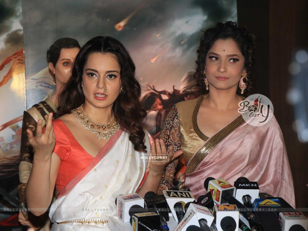 Kangana and Ankita at Manikarnika Success bash! (445388) size:1024x768