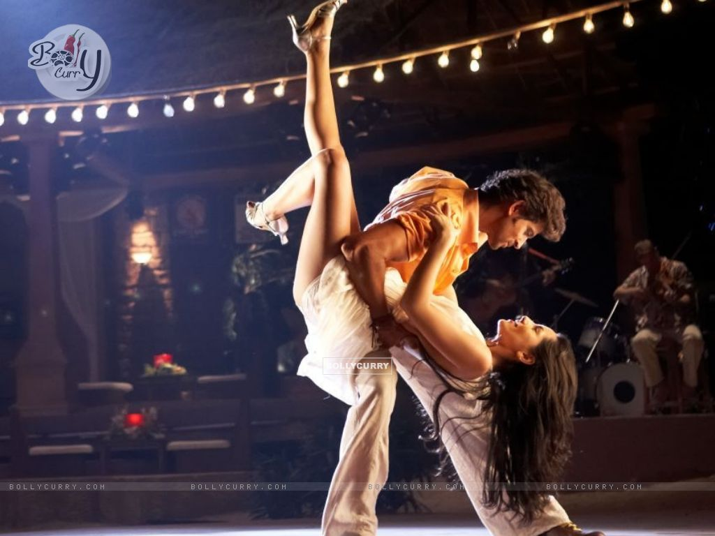 Wallpaper - Hrithik and Barbara doing Salsa (60642) size ...