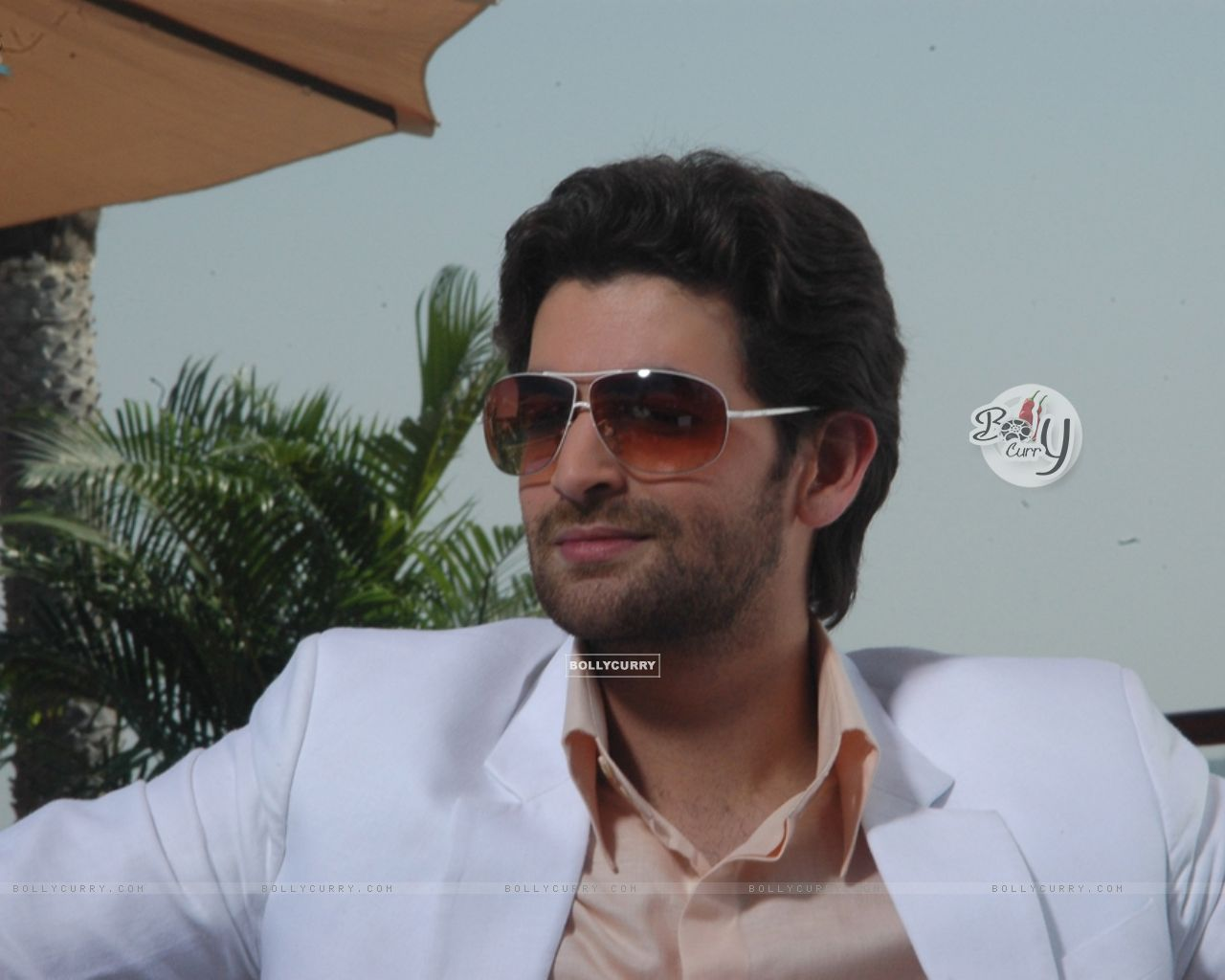 Wallpaper Neil Nitin Mukesh Looking Marvellous 11149 Size1280x1024