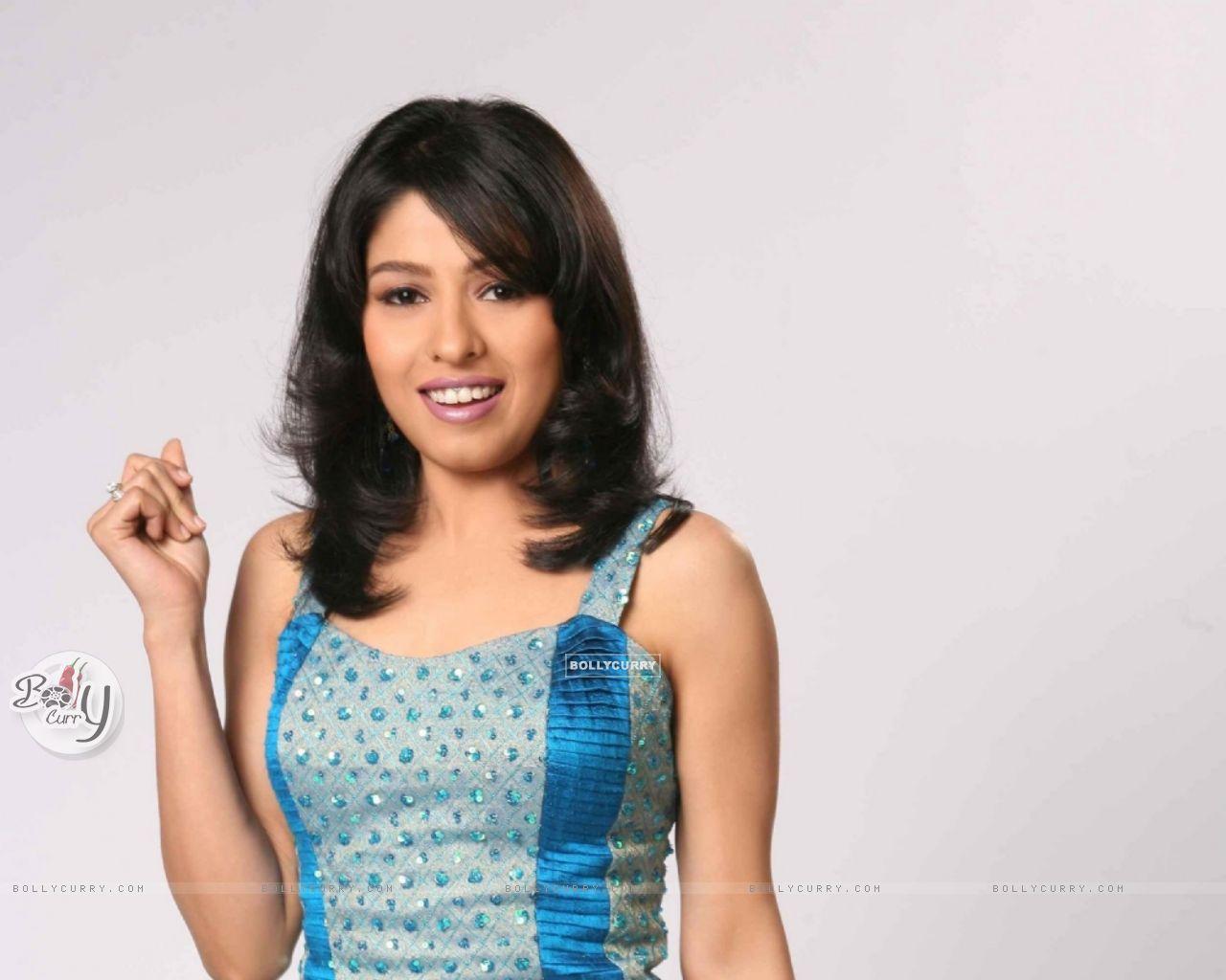 DVPV Saanu Te Aisa Mahi Full Song - Sunidhi