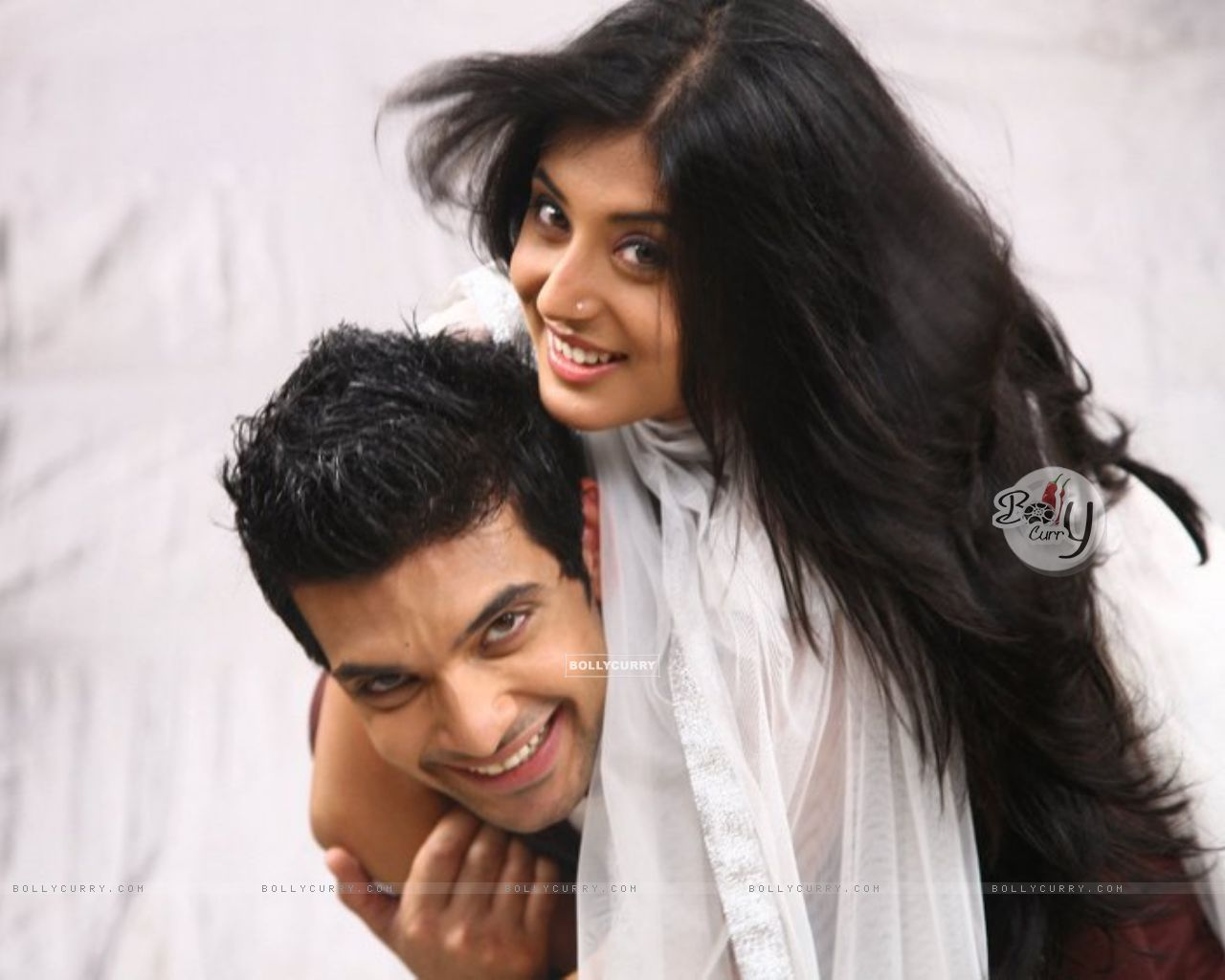 Wallpaper Karan Kundra And Kritika Kamra As Arjun And Arohi In