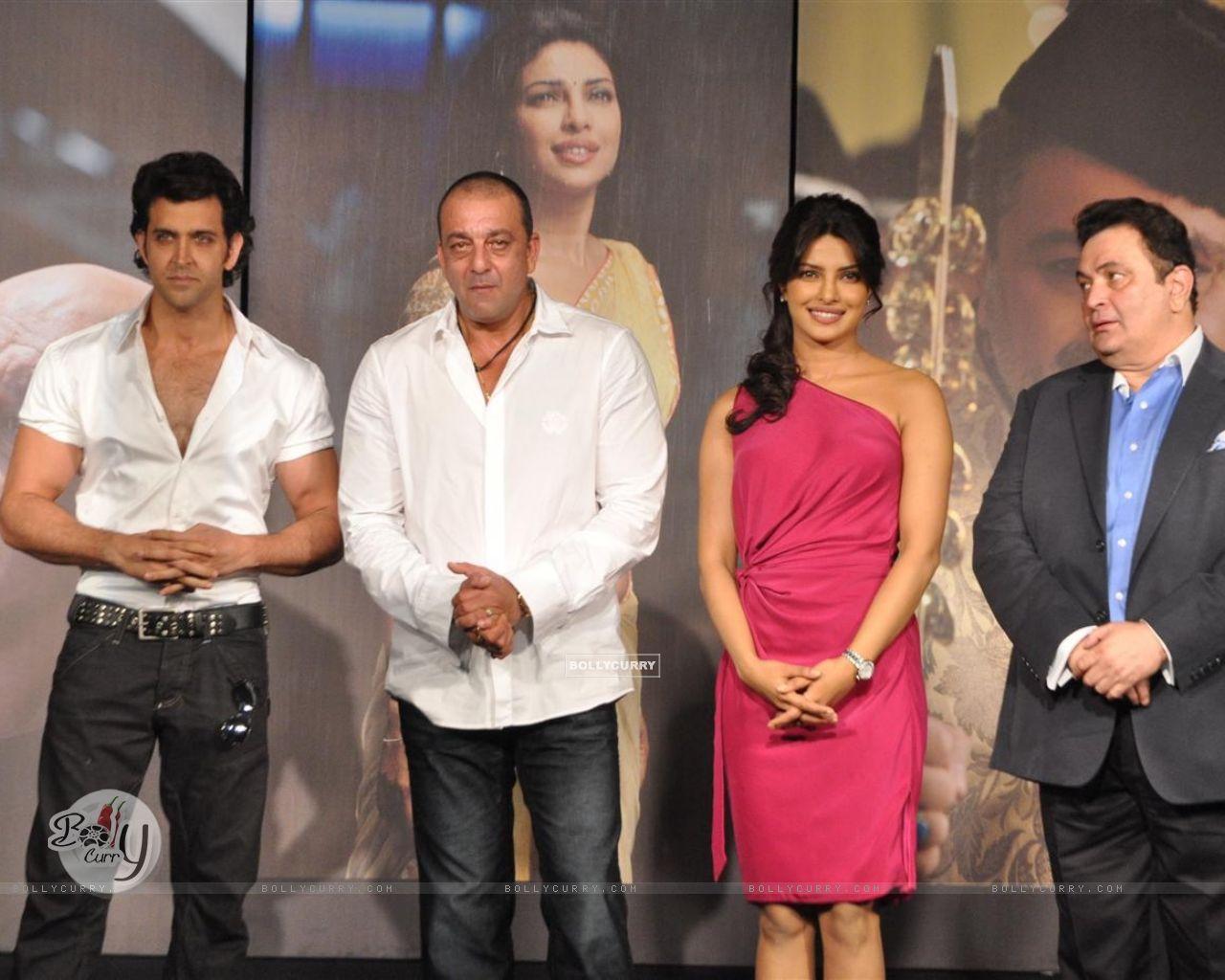 wallpaper - hrithik roshan, sanjay dutt, priyanka chopra and rishi