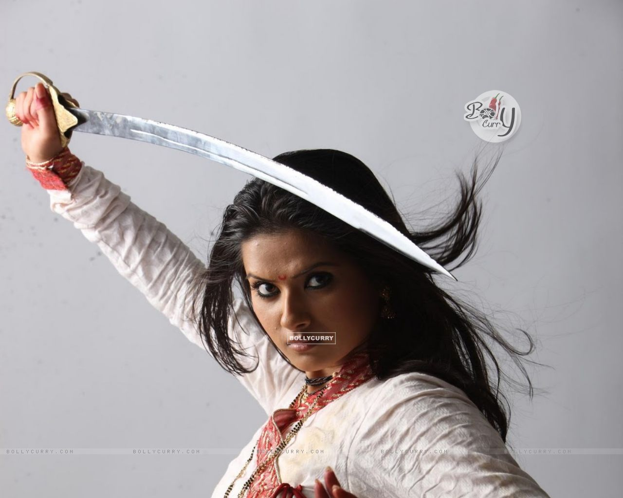 Watch Kratika Sengar 	2007 video