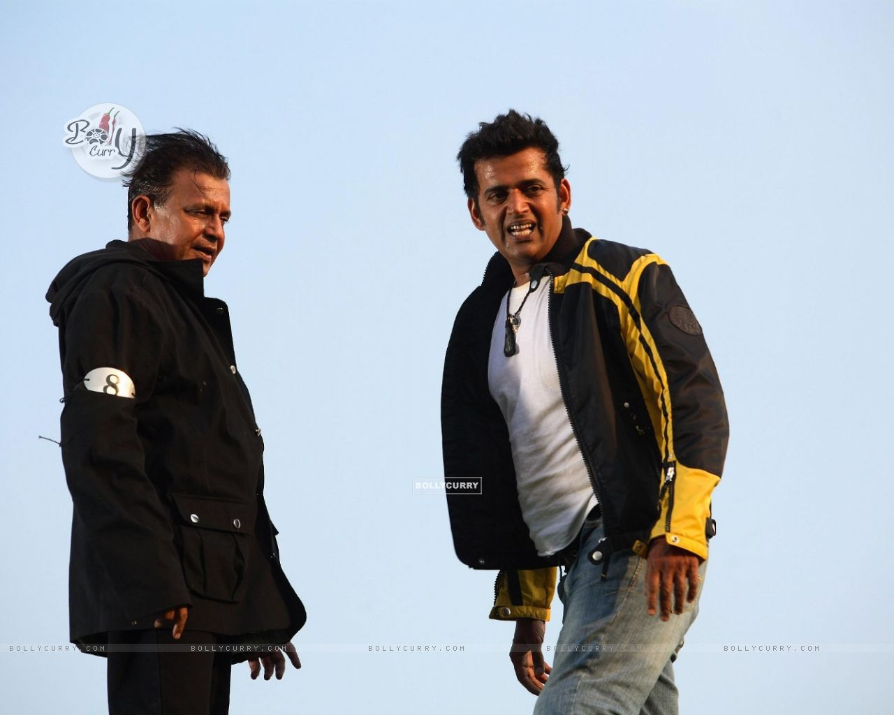 Mithun and Ravi looking relaxed (20294) size:1280x1024
