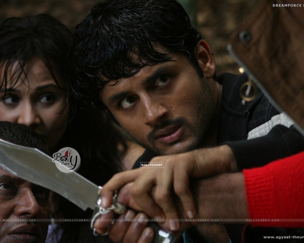 A still scene from the movie Agyaat (20392) size:1280x1024