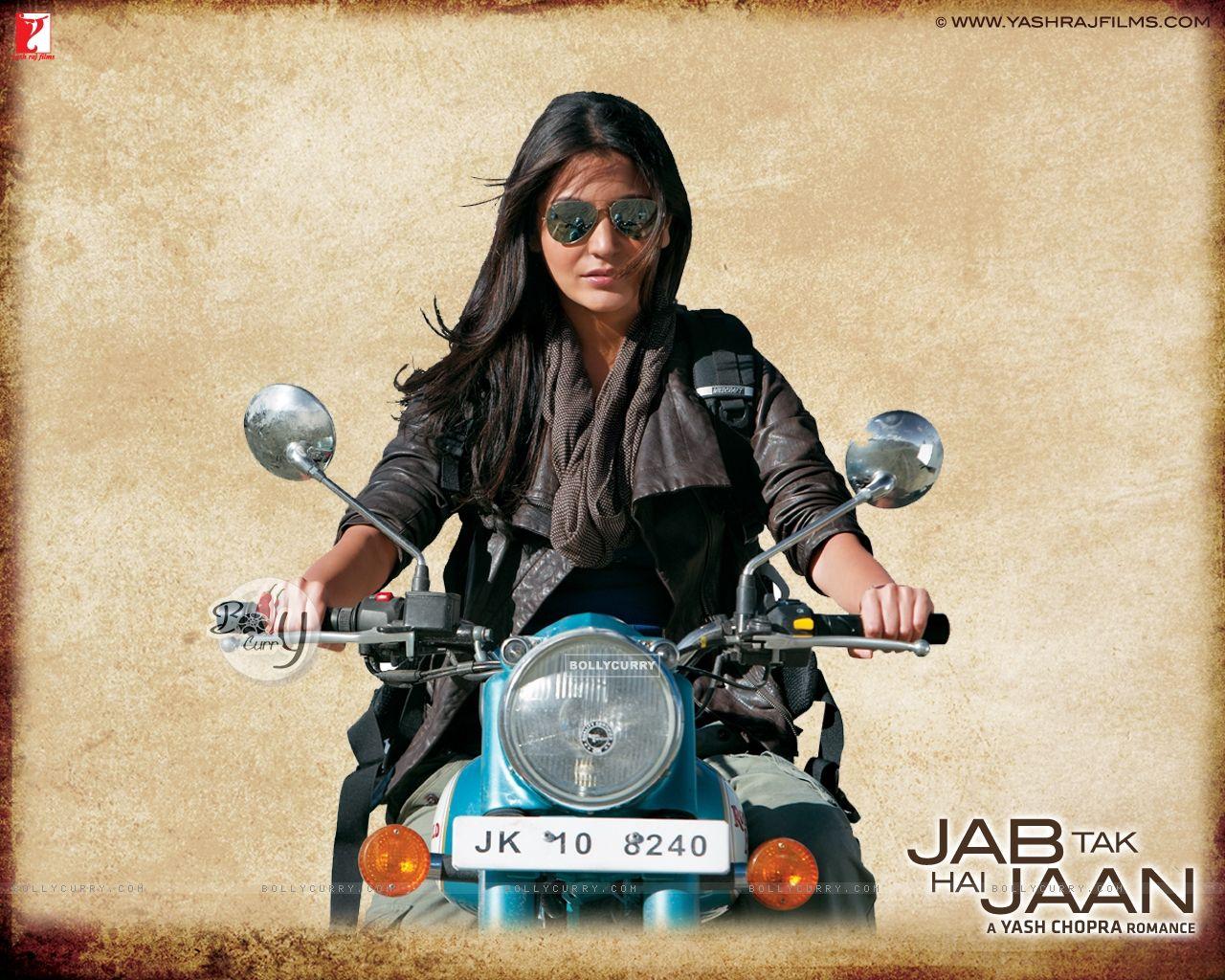 Wallpaper - Anushka Sharma in Jab Tak Hai Jaan (232799 ...