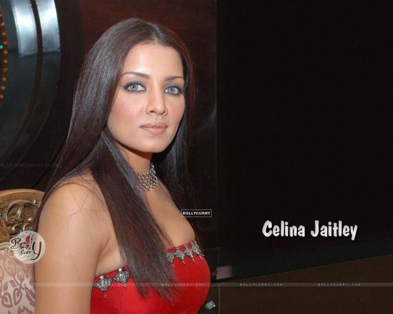 Celina Jaitley Voyeur Pics