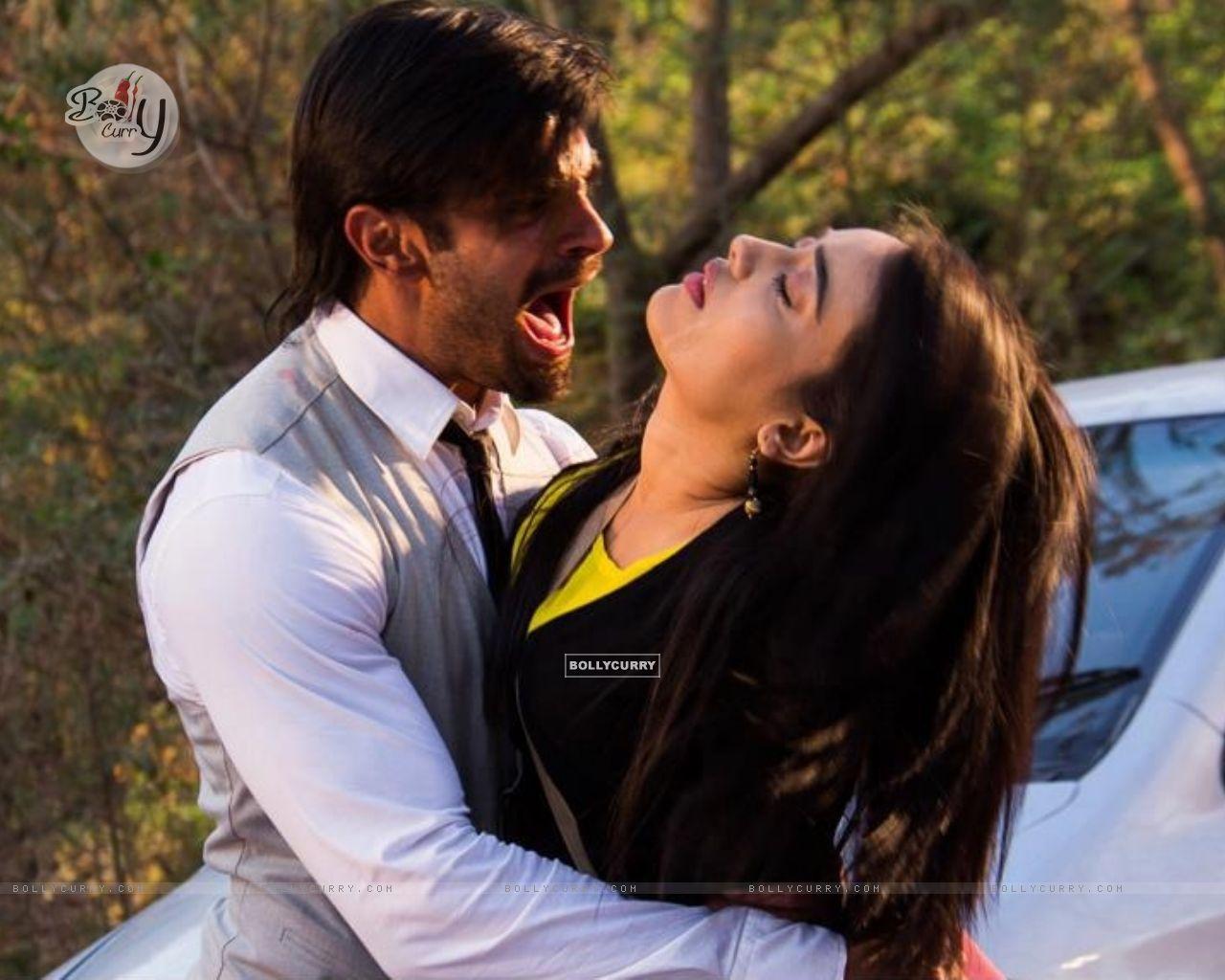 Date  10 26 2014 11 23 13 AM -Aditi Qubool Hai Asad And Zoya Dance Video