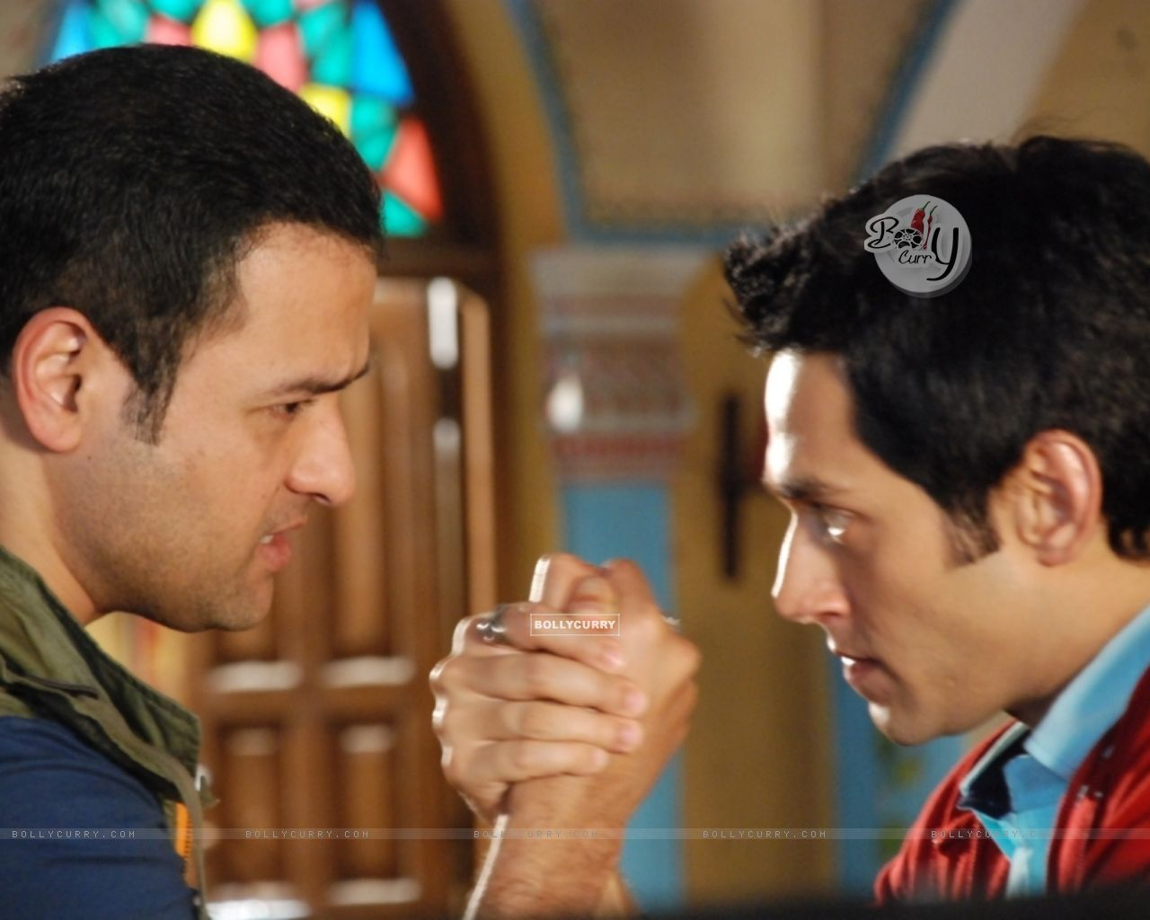 A still of Rohit Roy and Sumit Vats from Hitler Didi (279487) size:1280x1024