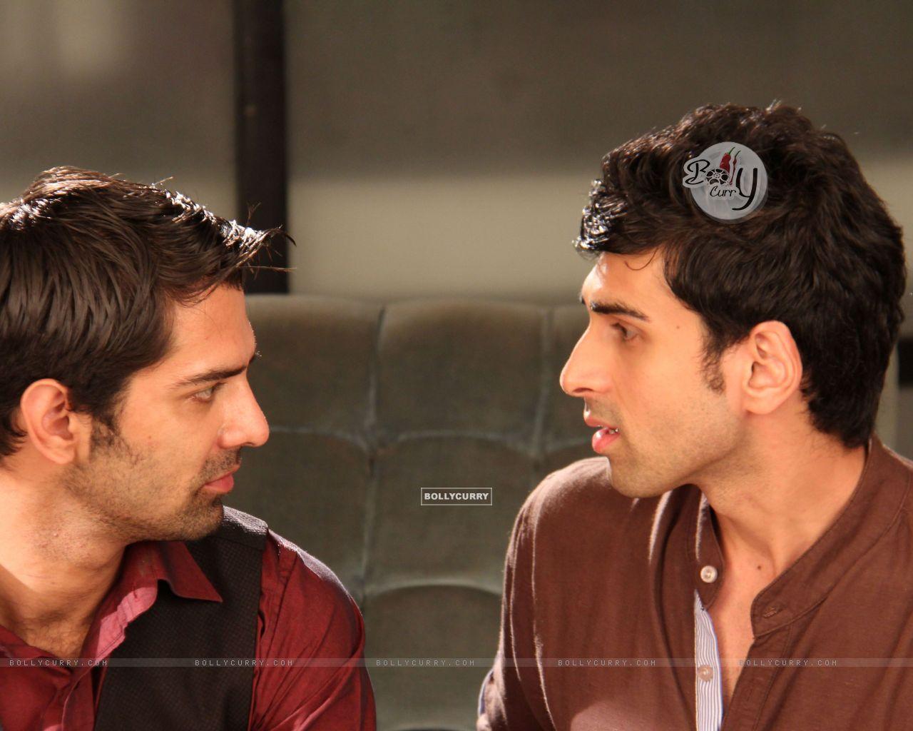 Barun Sobti and Akshay Dogra (299958) size:1280x1024