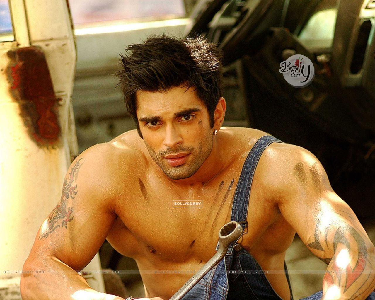 Karan Singh Grover wallpaper (Size:1280x1024)