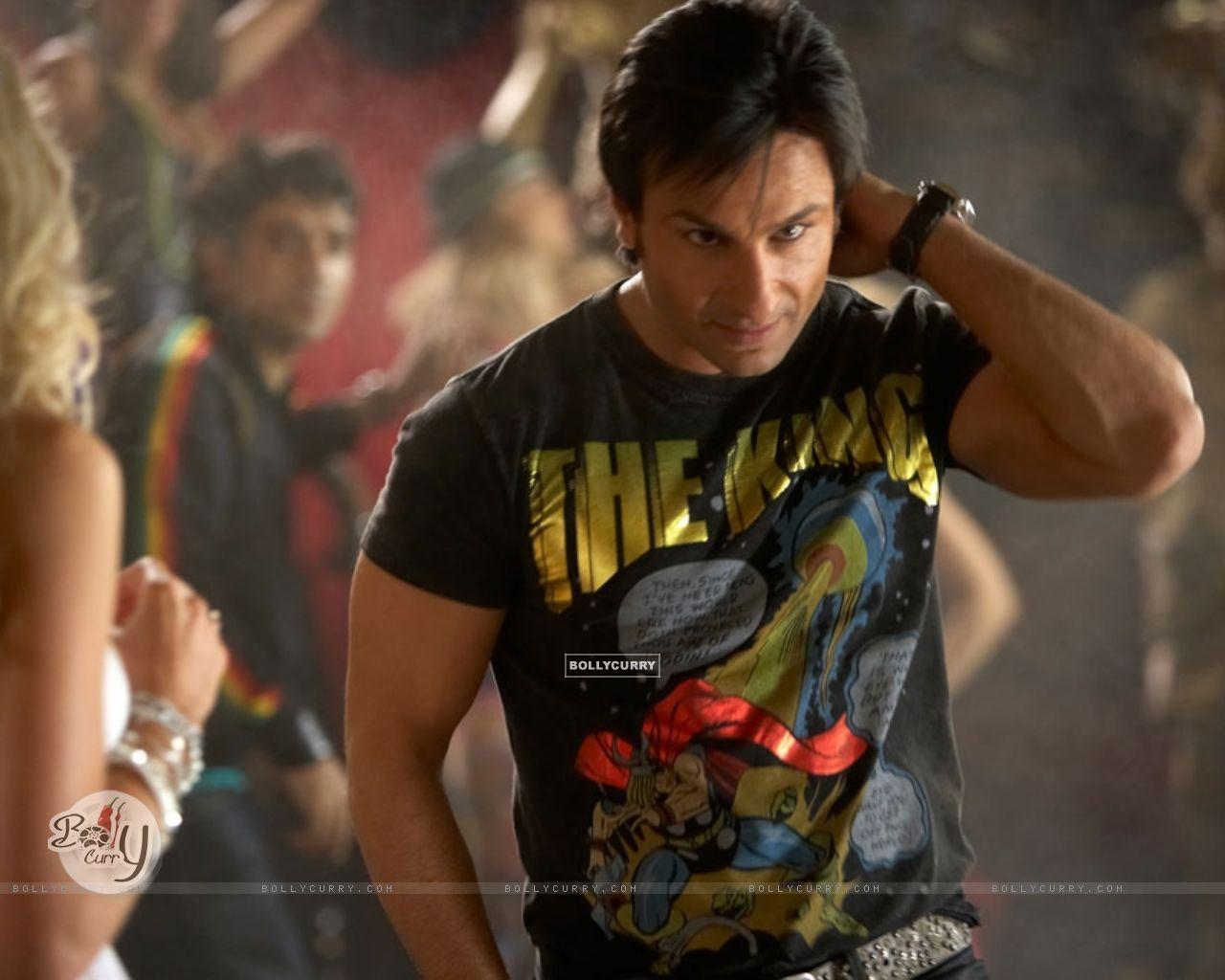 Saif Ali Khan looking hot (31355) size:1280x1024