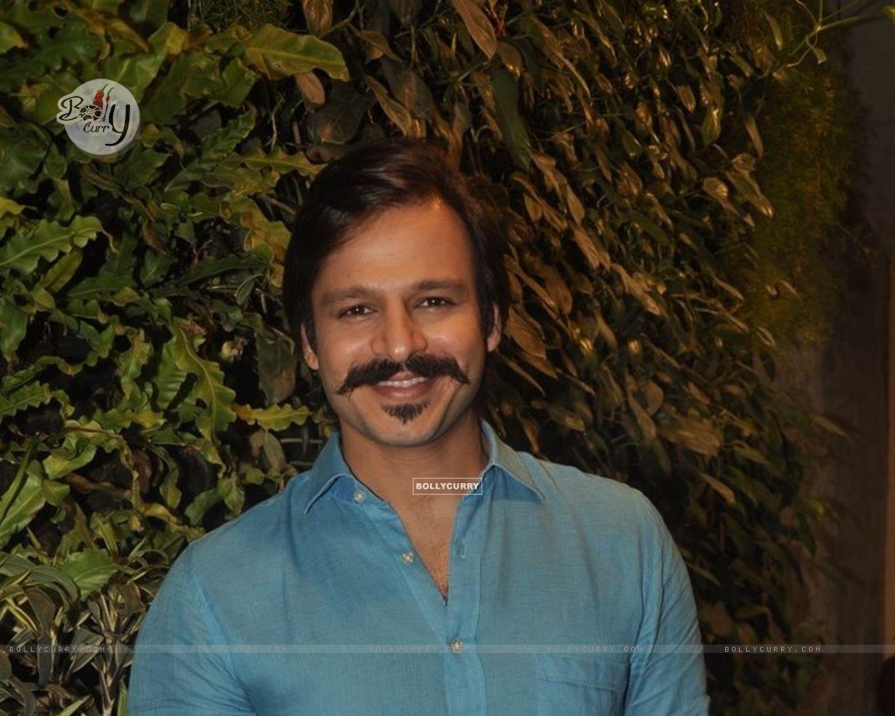 Vivek Oberoi (335853) size:1280x1024