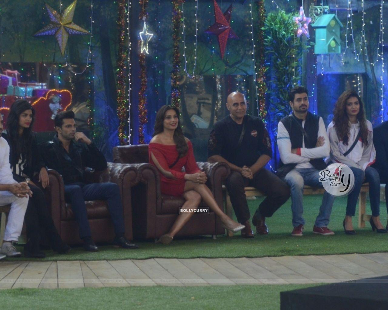 Promotions of Alone at Bigg Boss 8 (350214) size:1280x1024