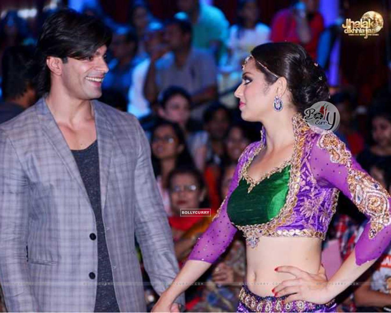 Drashti Dhami with Karan Singh Grover (357407) size:1280x1024