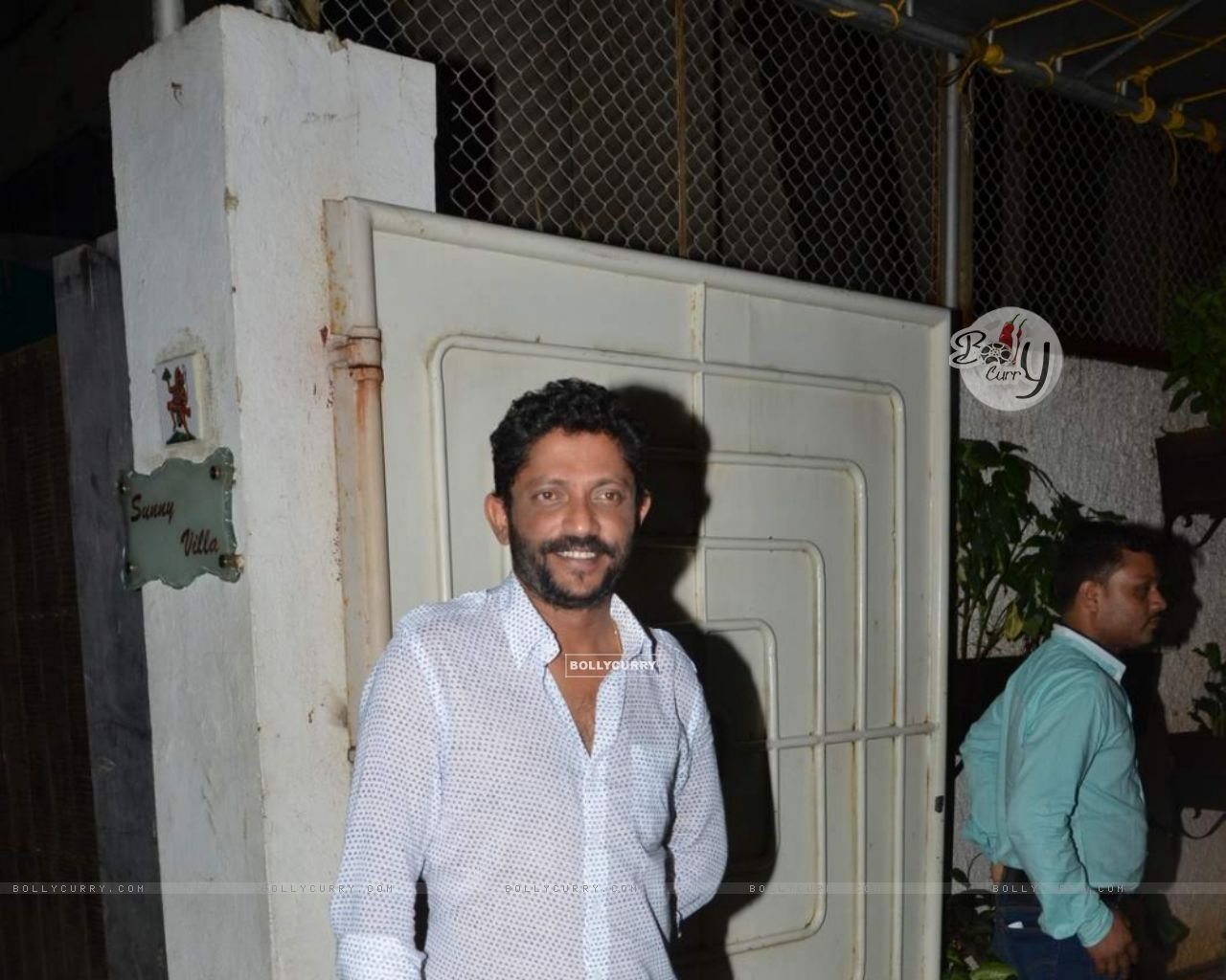 Nishikant Kamat Snapped After He Leaves Studio (372713) size:1280x1024