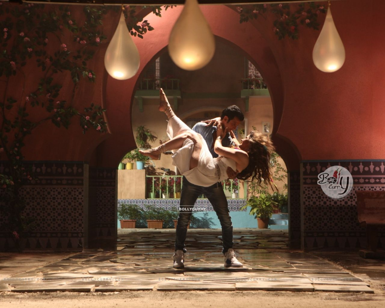 Sharman Joshi and Zarine Khan in First Song of Hate Story 3 (381958) size:1280x1024