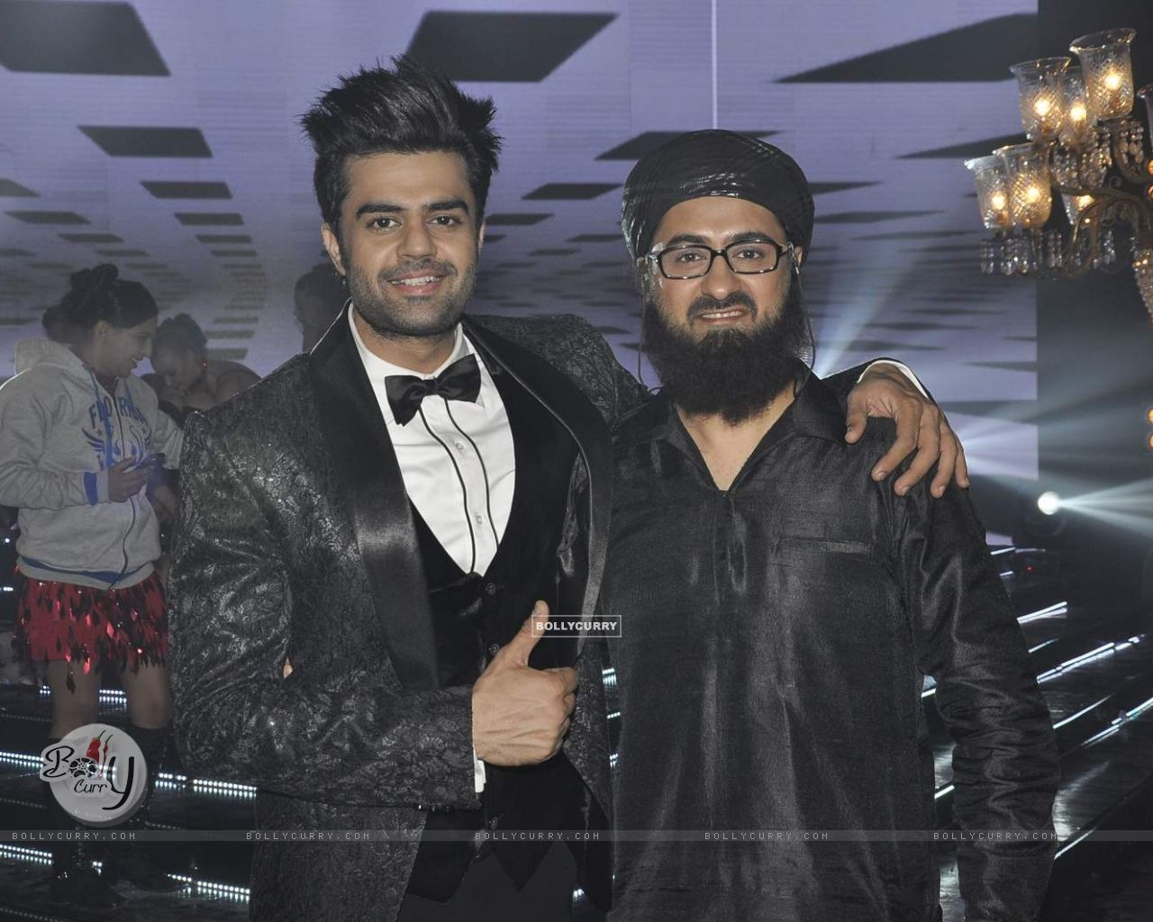 Manish Paul and Pradhuman Singh on Locations of Tere Bin Laden Dead or Alive (392779) size:1280x1024