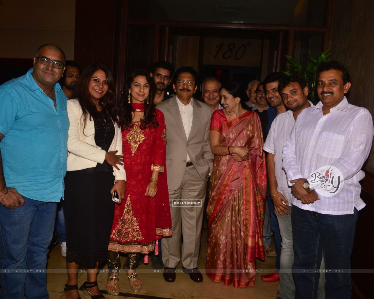 Juhi Chawla With Governor Of Maharashtra At Chalk N Duster Screening (394102) size:1280x1024