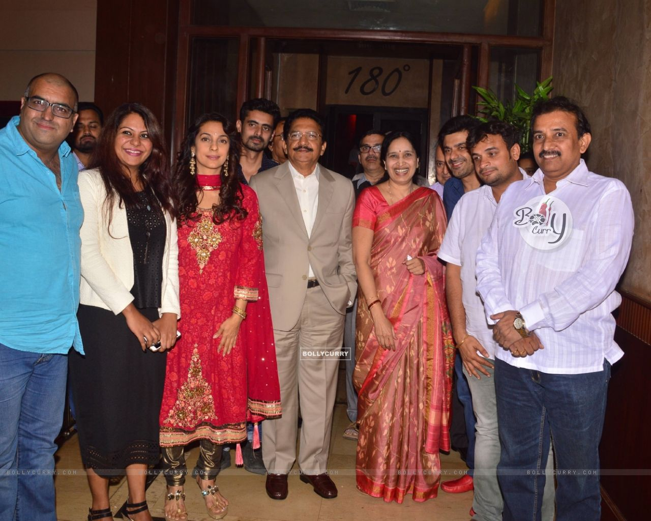 Juhi Chawla With Governor Of Maharashtra At Chalk N Duster Screening (394103) size:1280x1024