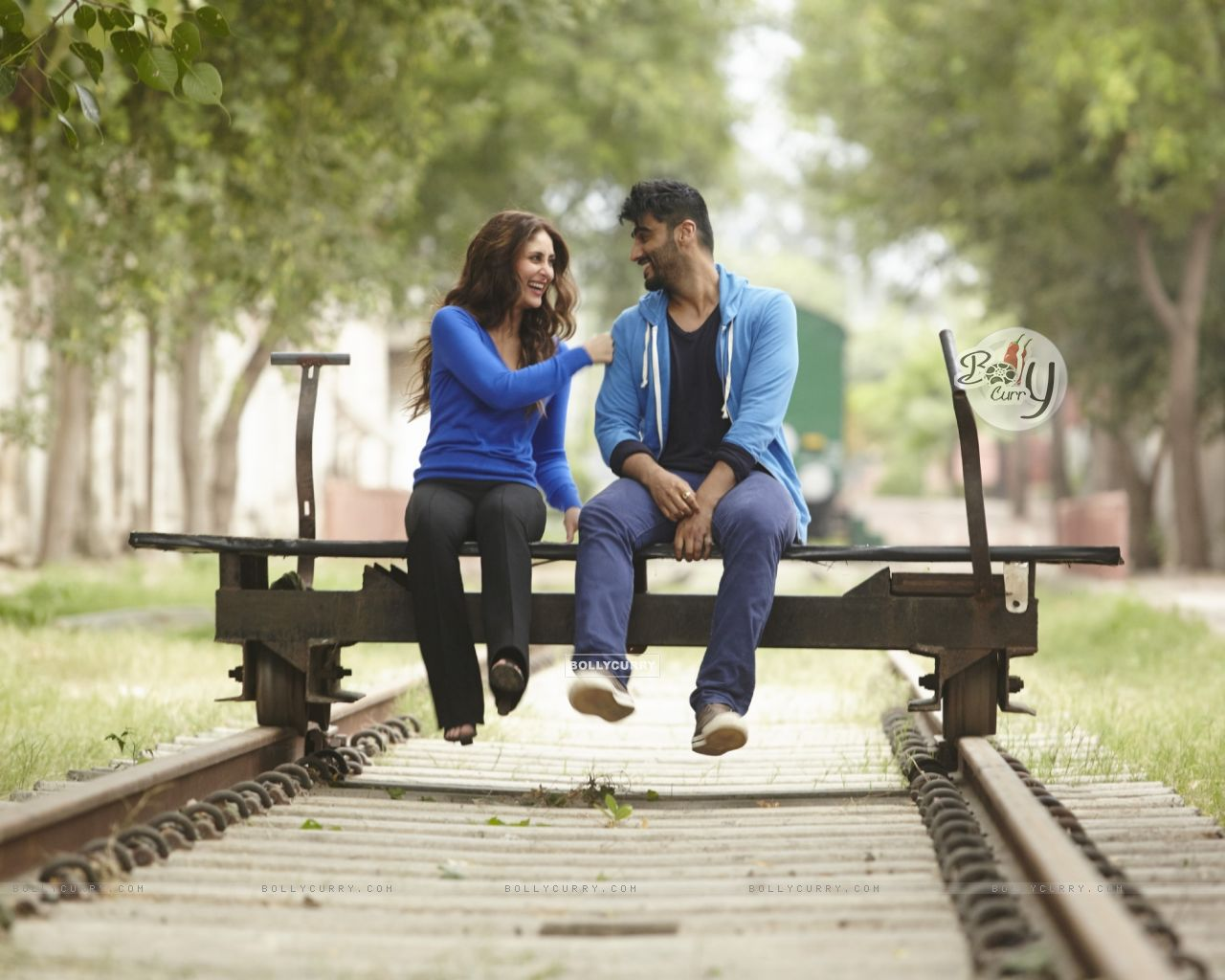 Arjun Kapoor and Kareena Kapoor in Ki And Ka (397431) size:1280x1024
