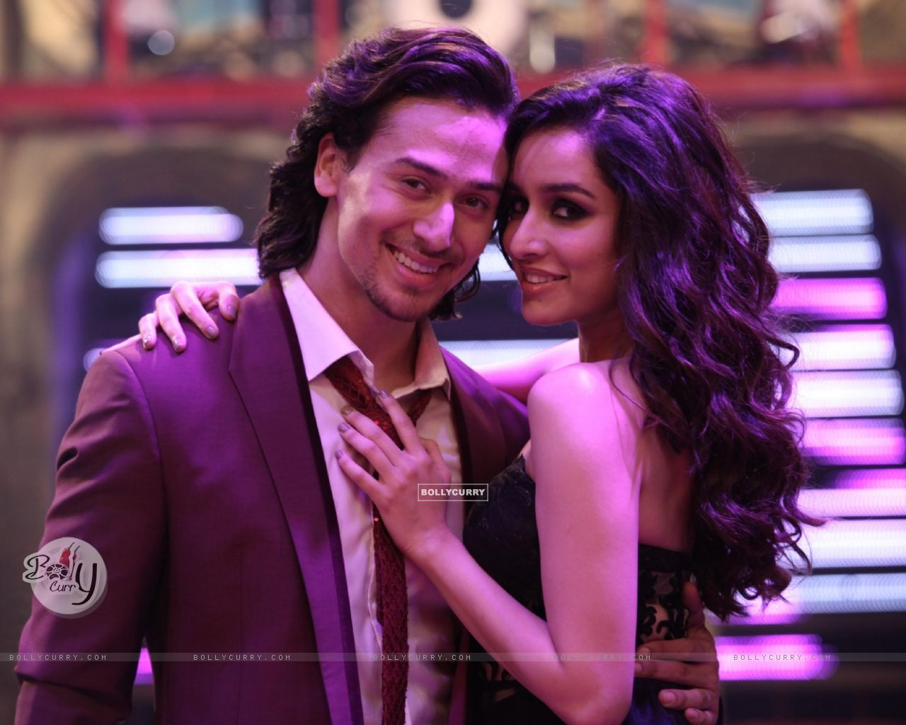 Shraddha Kapoor and Tiger Shroff in Baaghi (401368) size:1280x1024